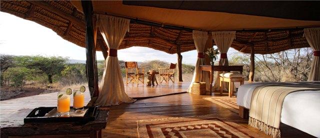 luxury-tent-at-the-lewa-safari-camp-kenya